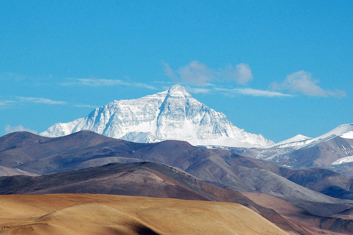 S pilníkom na nechty na Mt. Everest: Podpora startupov a elektrických/samoriadiacich aút